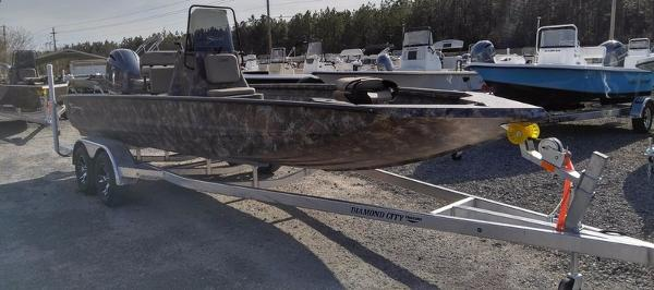 Excel Boats 220