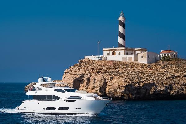 Sunseeker 95 Yacht Sunseeker 95 Yach