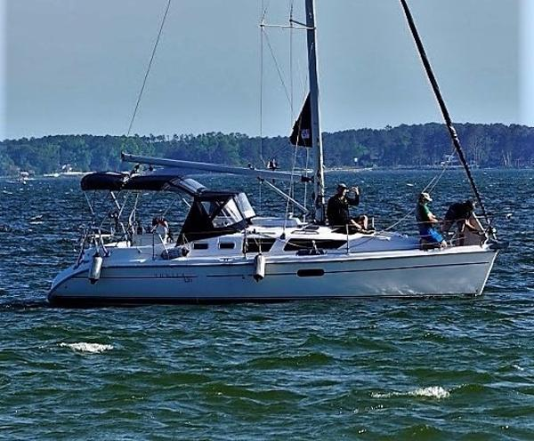 Hunter 326 2002 Hunter 326 'Advantage'