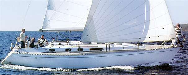 Dufour 41 Classic Manufacturer Provided Image
