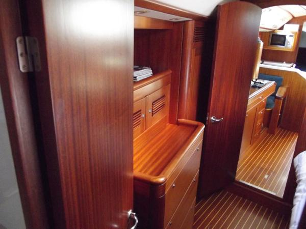 Owners Cabin looking aft