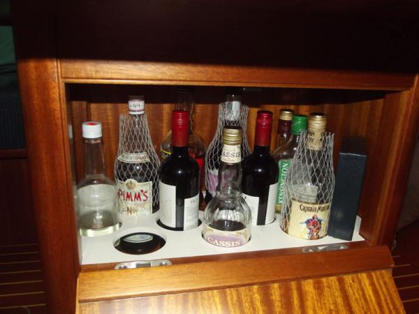 Drinks locker