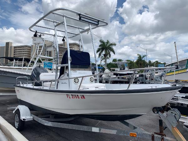 Boston Whaler 15 Dauntless