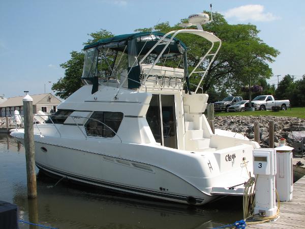 Silverton 351 Sedan Cruiser