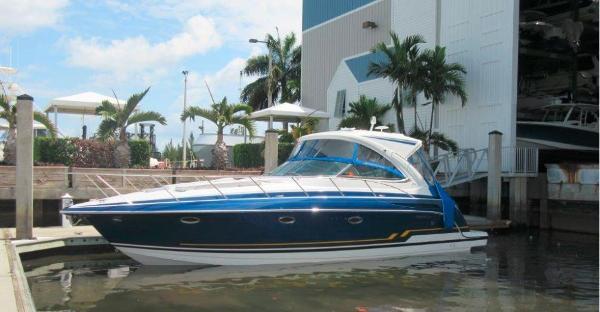 Formula 37 Cruiser