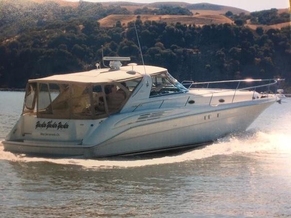 Sea Ray 450 Sundancer Main photo