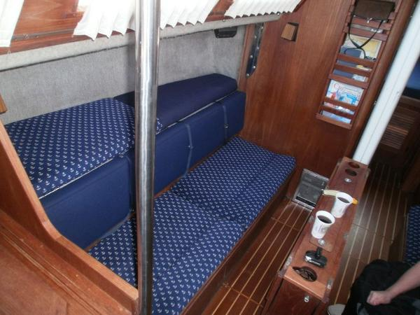 Port settee berth