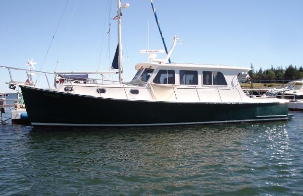 Duffy 42 Downeast Hardtop Cruiser Mollymawk