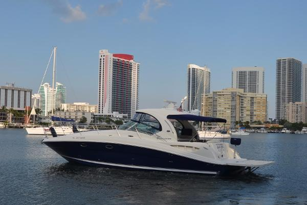 Sea Ray 390 Sundancer 390-Sea-Ray-Sundancer