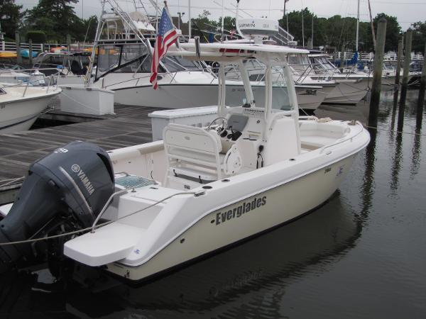 Everglades Boats 210 Cc