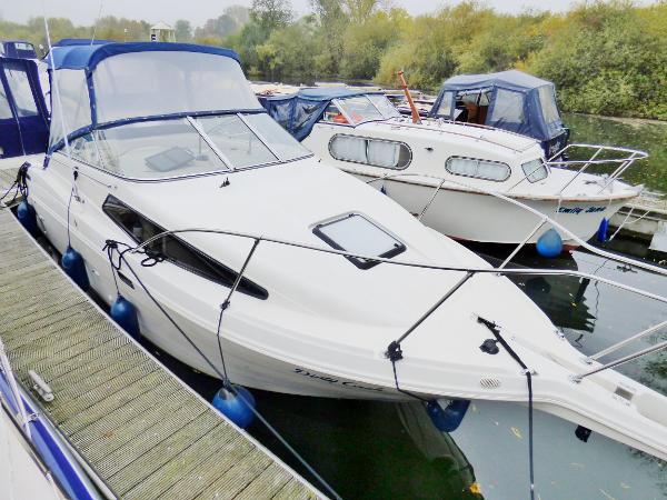 Bayliner 2655 Bayliner 2655 - Tingdene Boat Sales