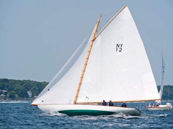Herreshoff New York 30