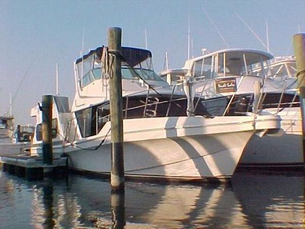 Blue Water 1992 55' x 14' x 2.5' Fiberglass Bluewater Coastal Yacht/ Live Aboard