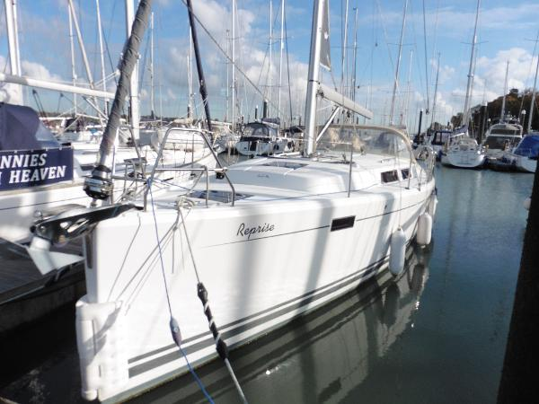 Hanse 385 Home berth.