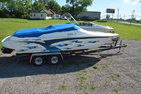 2001 Velocity 260, Cincinnati Estados Unidos - boats com