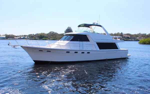 "Bayliner 4788 Pilot House Motoryacht ""Brown Eyed Girl"""