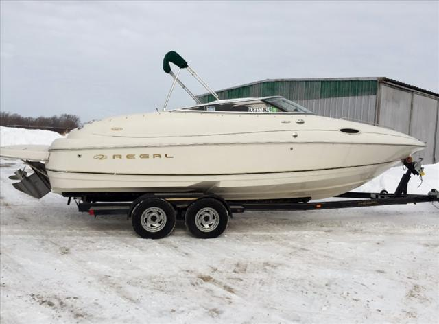 Regal Sport Boat 2350 LSC