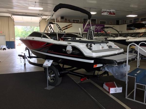 Four Winns H180 SS Boat