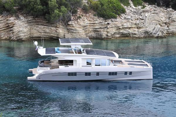 Silent Yachts Solar Wave 64 Profile