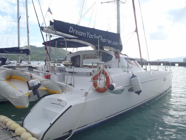 Fountaine Pajot LAVEZZI 40 Fountaine Pajot LAVEZZI 40