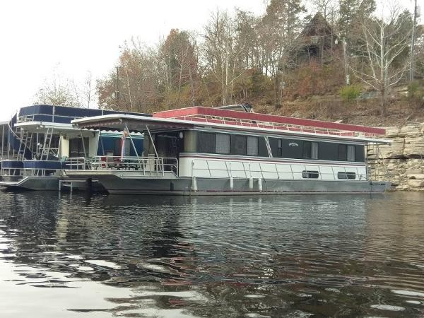 Leisure Time 60 Ft HOUSEBOAT