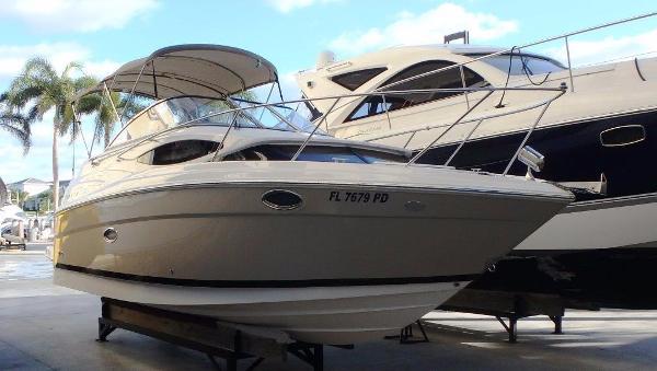 Regal 2565 Window Express Starboard from forward