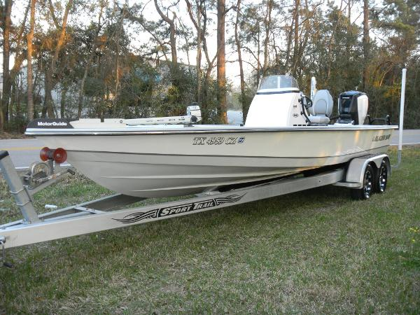 Blazer Boats 2420 GTS (307 HOURS & WARRANTY UNTIL 07/15/2020)