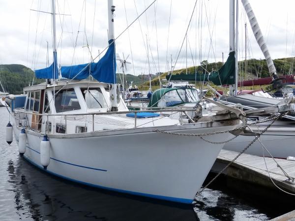 Nauticat 33 Main