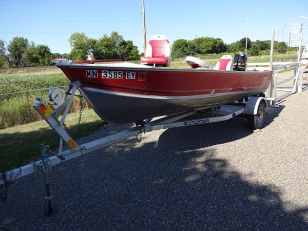 Used lund boats for sale page 4 of 8 for Used lund fishing boats for sale