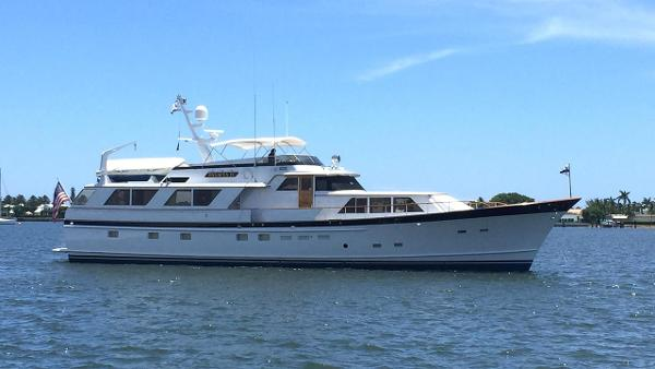 Burger Raised Pilothouse M/Y