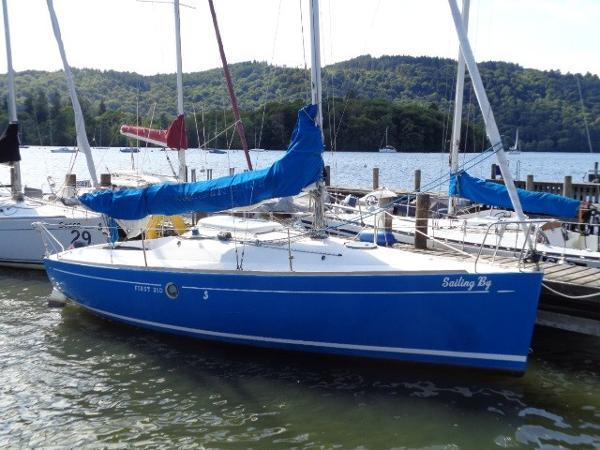 Beneteau First 210 Spirit Beneteau First 210 - Sailing By