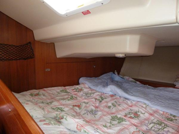 Double berth in aft cabin