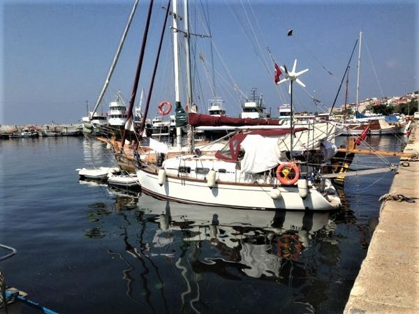 Custom Wooden Sail Boat 9 m