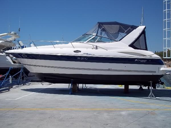 Cruiser Yacht Express 320