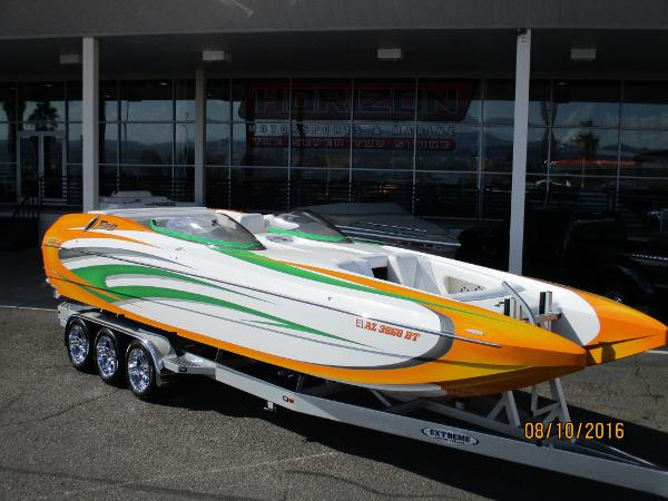 Daves Custom Boats F 29 BOWRIDER