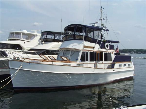 Grand Banks 42 Three Stateroom Motoryacht Profile