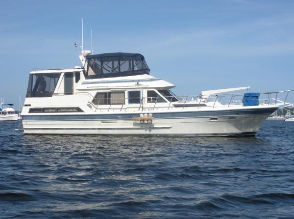 Vista Motor Yacht