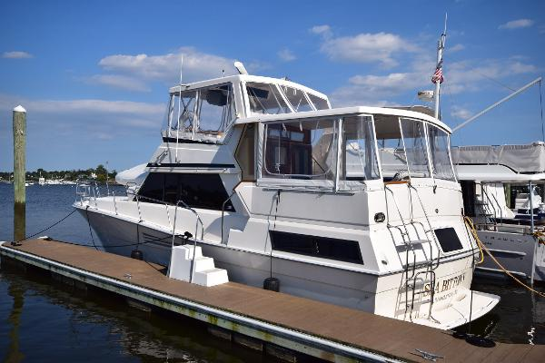 Viking 44 Motor Yacht 1989 Viking 44 MY