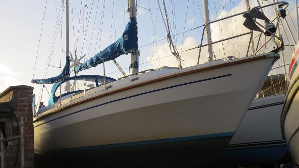 Westerly 33 Ketch ASHORE