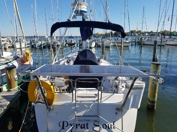 Hunter Exterior is in nice shape and is well equipped for cruising,solar panel,rollar furling,canvas,electronics.This boat as it all and for a great value.