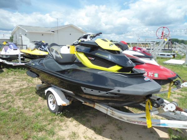 Sea-Doo RXT-X aS 260