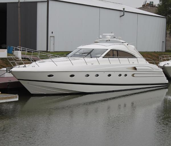 Viking Sport Cruisers V65 Express  Port Side View