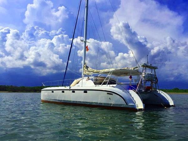 Fantasy Tourism 50 Ft Catamaran Fantasy Tourism 50 Ft Catamaran