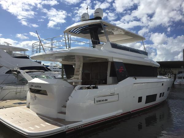 Sirena 64 Flybridge