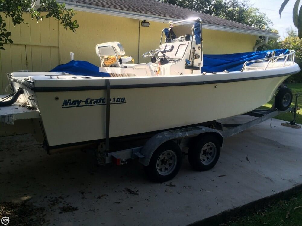 May-craft 2300 1998 Maycraft 2300 for sale in Miami, FL