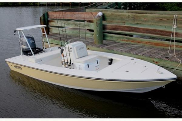 Hewes Redfisher 16