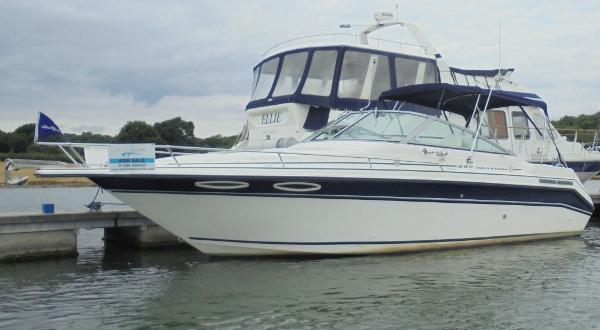 Sea Ray 250 Weekender Sea Ray 250 Weekender - Overall 1