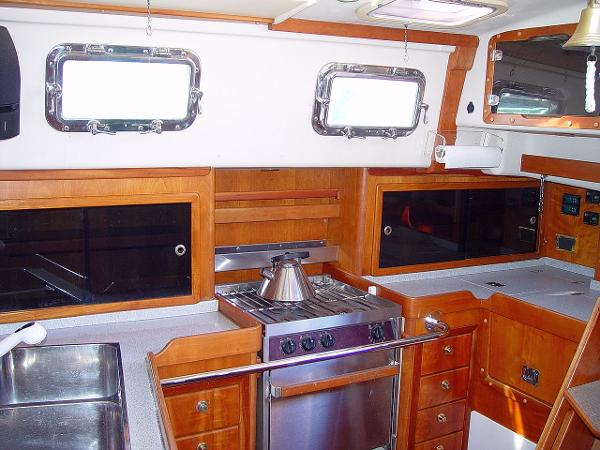 Great galley space, designed for cruisers by cruisers