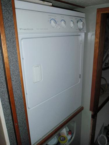 Full Size Dryer