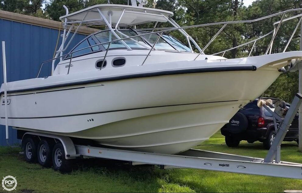 Boston Whaler Conquest 28 2000 Boston Whaler Conquest 28 for sale in Vancleave, MS